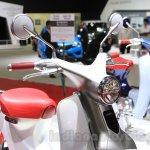 Honda EV-Cub Concept front end at the 2015 Tokyo Motor Show