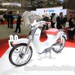 Honda EV-Cub Concept front quarter at the 2015 Tokyo Motor Show