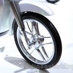 Honda EV-Cub Concept front wheel at the 2015 Tokyo Motor Show
