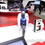 Honda Super Cub Concept front angle at the 2015 Tokyo Motor Show