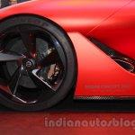 Nissan Concept 2020 Vision Gran Turismo wheel at the 2015 Tokyo Motor Show