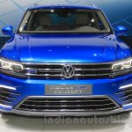 VW Tiguan GTE concept front at the 2015 Tokyo Motor Show