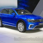 VW Tiguan GTE concept front quarter at the 2015 Tokyo Motor Show