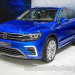 VW Tiguan GTE concept front quarters at the 2015 Tokyo Motor Show