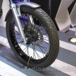 Yamaha Resonator125 wheel at 2015 Tokyo Motor Show
