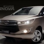 2016 Toyota Innova front quarter video