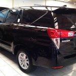 2016 Toyota Innova rear quarter Black snapped