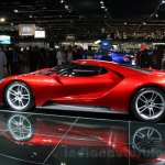 2017 Ford GT side at the 2015 Dubai Motor Show