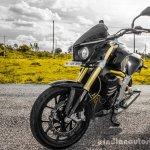 Mahindra Mojo black front quarter review
