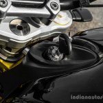 Mahindra Mojo black key slot review