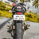 Mahindra Mojo black rear review