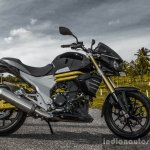 Mahindra Mojo black side view review