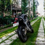 Mahindra Mojo grass land rear quarter review