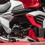 Mahindra Mojo red and white engine review