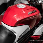 Mahindra Mojo red and white fuel tank design review