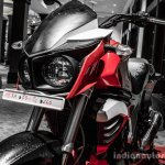 Mahindra Mojo red and white head lamps review