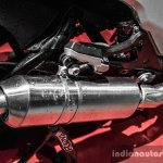 Mahindra Mojo red and white silencer review