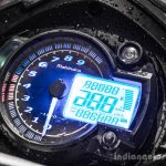 Mahindra Mojo red and white tachometer review
