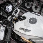 Mahindra Mojo white handlebar review