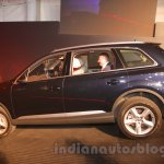 2016 Audi Q7 side launched in India