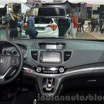 Honda CR-V facelift dash at 2015 Frankfurt Motor Show