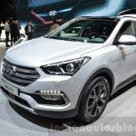 2016 Hyundai Santa Fe (facelift) front quarter at 2016 Geneva Motor Show
