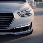 2017 Genesis G90 headlamp second image