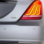 2017 Genesis G90 rear teaser image