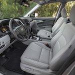 2017 Honda Ridgeline front seats