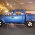 Mahindra Imperio blue side double cab