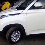 Mahindra KUV100 headlight revealed spied