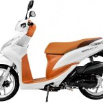 New Honda Spacy side Pearl Metalloid White