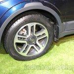 Tata Hexa alloy wheels at Auto Expo 2016