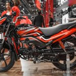 2016 Hero Passion Pro side at Auto Expo 2016