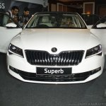 2016 Skoda Superb front launched in India