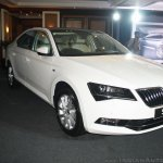 2016 Skoda Superb front quarter launched in India