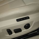 2016 Skoda Superb power seats launched in India
