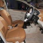 Chevrolet Essentia Concept front seats
