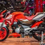 Hero Xtreme 200 S red side at the Auto Expo 2016