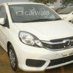 Honda Amaze facelift White front quarter spied