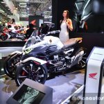 Honda Neowing Concept front three quarters at Auto Expo 2016