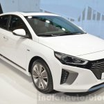 Hyundai Ioniq Hybrid front three quarters at the 2016 Geneva Motor Show