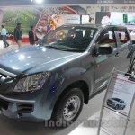 Isuzu D-Max Crew Cab 4x2 front three quarter at Auto Expo 2016
