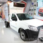 Isuzu D-Max Single Cab 4x2 front three quarter at Auto Expo 2016
