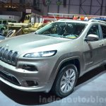 Jeep Cherokee Overland front three quarter at the 2016 Geneva Motor Show