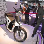 Mahindra GenZe front three quarters at Auto Expo 2016