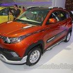 Mahindra KUV100 Xplorer edition front three quarters right at Auto Expo 2016