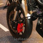 Mahindra Mojo Scrambler Concept red brake caliper at Auto Expo 2016