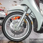 Piaggio Medley 125 ABS front disc brake at Auto Expo 2016