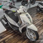 Piaggio Medley 125 ABS front quarter at Auto Expo 2016